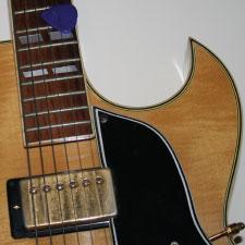 Easy Guitar Solos - ES-175