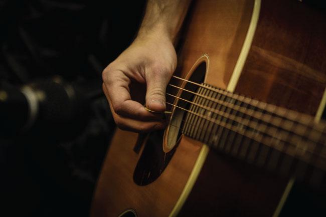 Easy Bluegrass & Folk Songs on Guitar | Native Ground